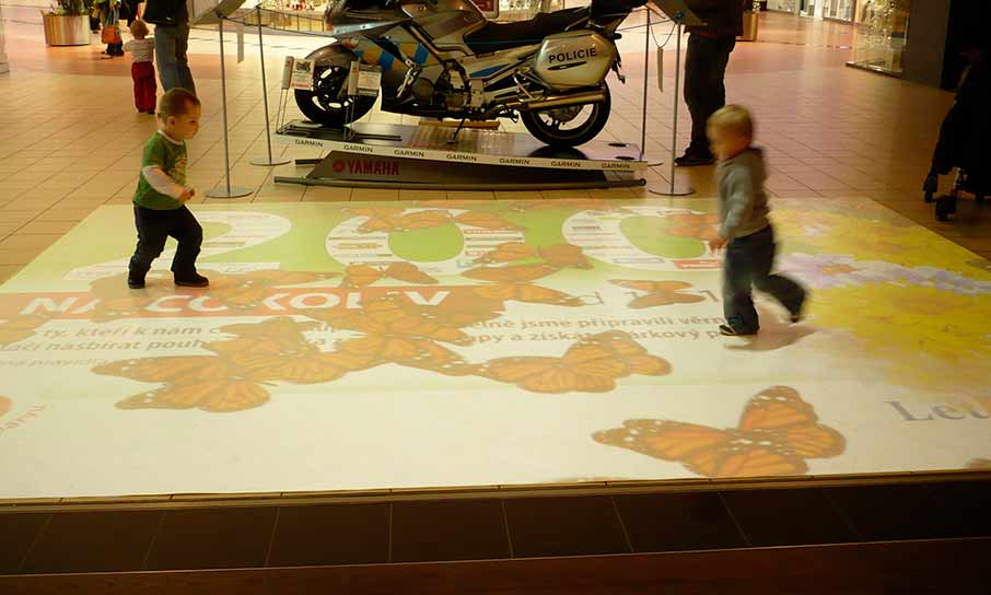 Shopping mall Letňany, interactive floor